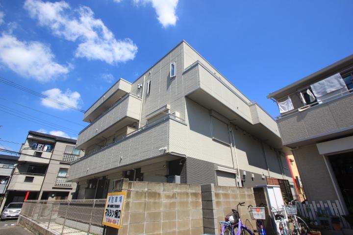 東京都墨田区、平井駅徒歩29分の築1年 3階建の賃貸アパート