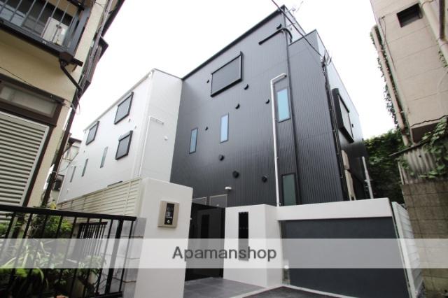 東京都江戸川区、平井駅徒歩10分の築2年 3階建の賃貸アパート