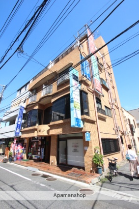 東京都葛飾区、平井駅徒歩29分の築32年 4階建の賃貸マンション