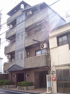 東京都大田区、多摩川駅徒歩13分の築28年 5階建の賃貸マンション