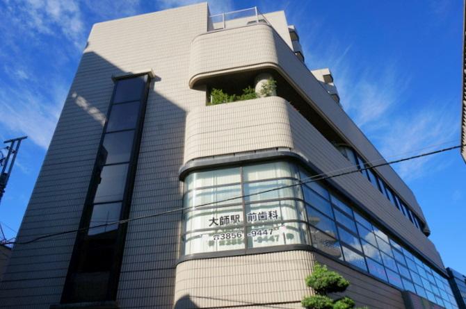 東京都足立区、西新井駅徒歩14分の築28年 8階建の賃貸マンション