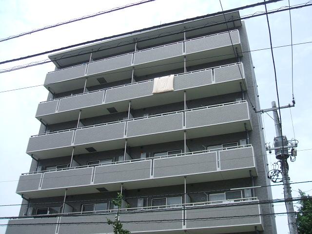 東京都足立区、綾瀬駅徒歩19分の築10年 7階建の賃貸マンション
