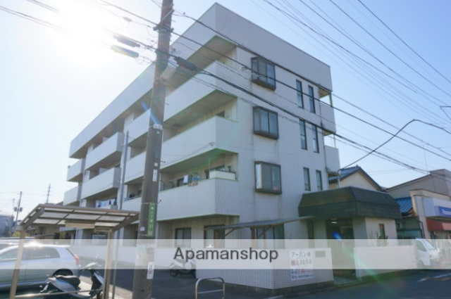 東京都足立区、江北駅徒歩20分の築28年 4階建の賃貸マンション