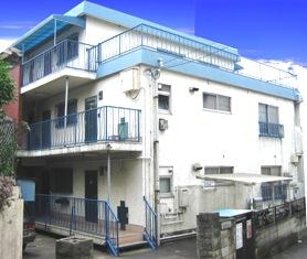 東京都調布市、つつじヶ丘駅徒歩6分の築32年 3階建の賃貸マンション