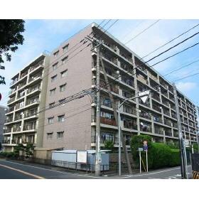 東京都狛江市、柴崎駅徒歩12分の築44年 8階建の賃貸マンション