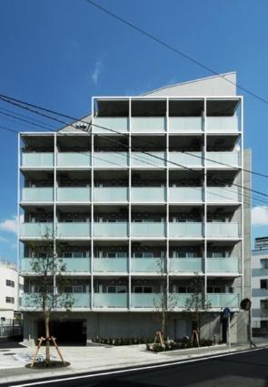 東京都調布市、仙川駅徒歩6分の築8年 7階建の賃貸マンション