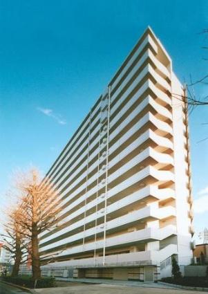 東京都世田谷区、笹塚駅徒歩10分の築12年 14階建の賃貸マンション