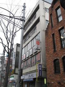 東京都世田谷区、八幡山駅徒歩3分の築46年 5階建の賃貸マンション