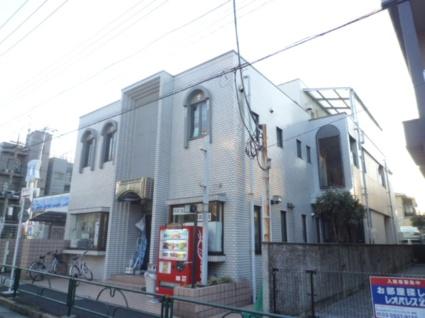東京都世田谷区、豪徳寺駅徒歩10分の築30年 3階建の賃貸マンション