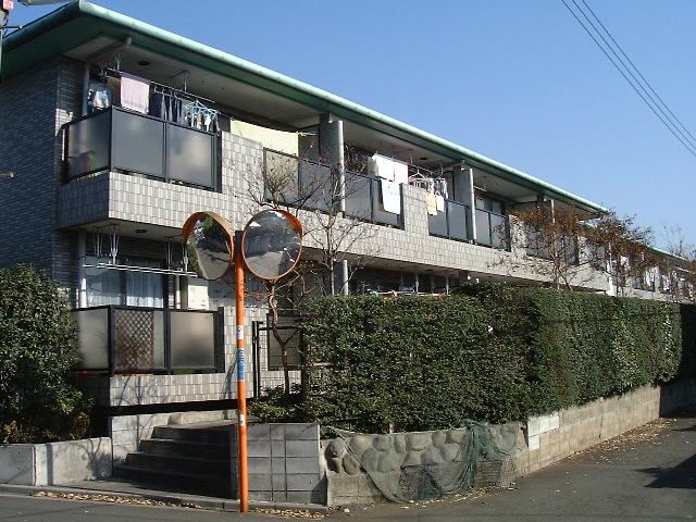 東京都調布市、仙川駅徒歩12分の築20年 2階建の賃貸マンション