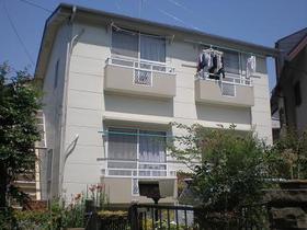 東京都調布市、仙川駅徒歩6分の築28年 2階建の賃貸アパート