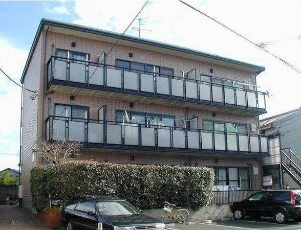 東京都世田谷区、千歳烏山駅徒歩8分の築23年 3階建の賃貸マンション