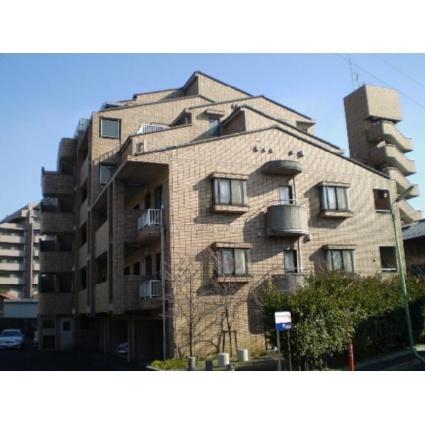 東京都世田谷区、千歳烏山駅徒歩16分の築28年 6階建の賃貸マンション