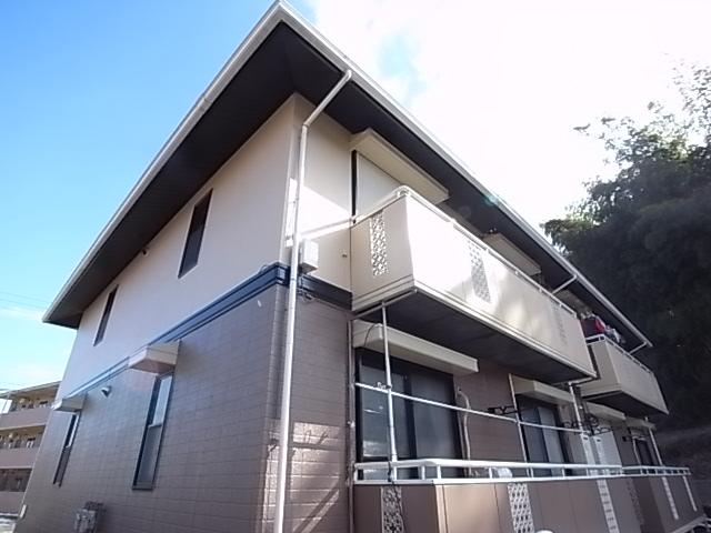 東京都八王子市、聖蹟桜ヶ丘駅バス19分東中野下車後徒歩7分の築25年 2階建の賃貸アパート