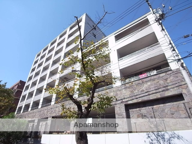 東京都多摩市、京王多摩センター駅徒歩3分の築10年 8階建の賃貸マンション