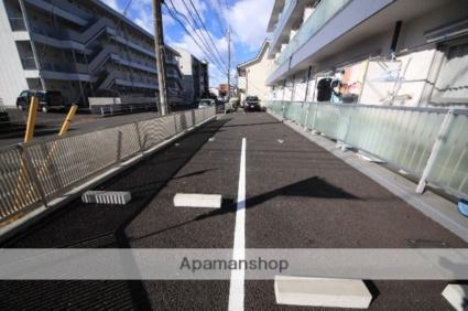リバーサイドハイツ[1R/17.41m2]の駐車場