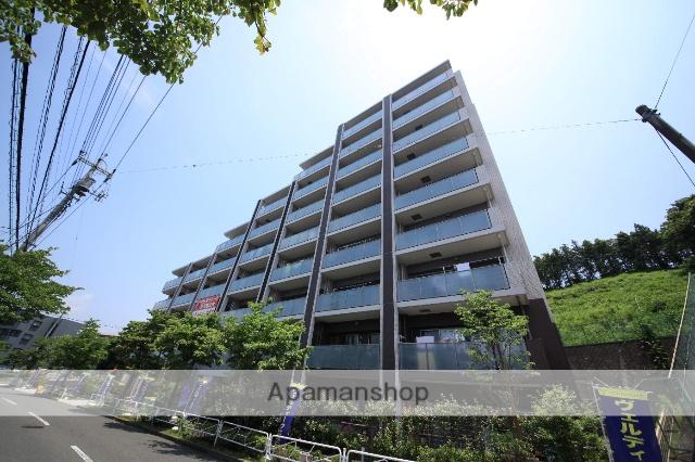 東京都八王子市、京王多摩センター駅徒歩23分の築2年 8階建の賃貸マンション