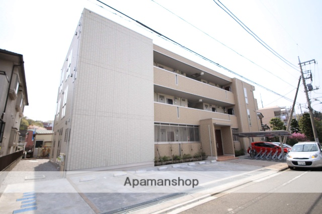 東京都八王子市、片倉駅徒歩3分の築2年 3階建の賃貸アパート