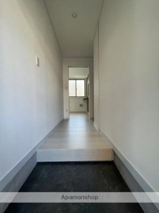 青木ビル[1R/18.99m2]の玄関
