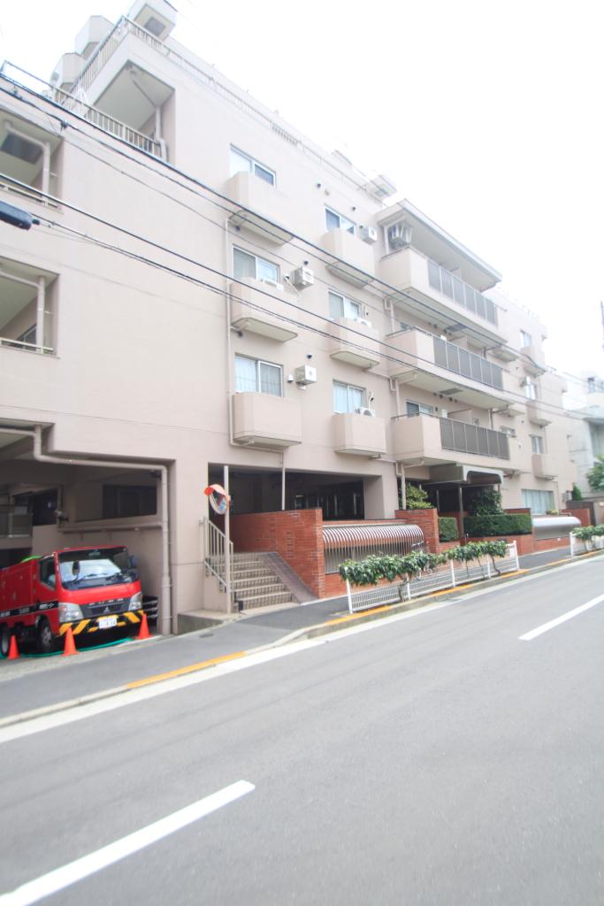 東京都豊島区、駒込駅徒歩4分の築27年 12階建の賃貸マンション