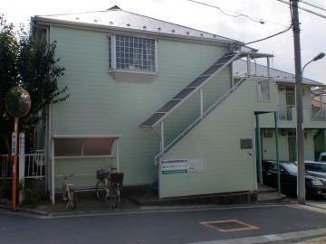 東京都板橋区、志村三丁目駅徒歩19分の築30年 2階建の賃貸マンション