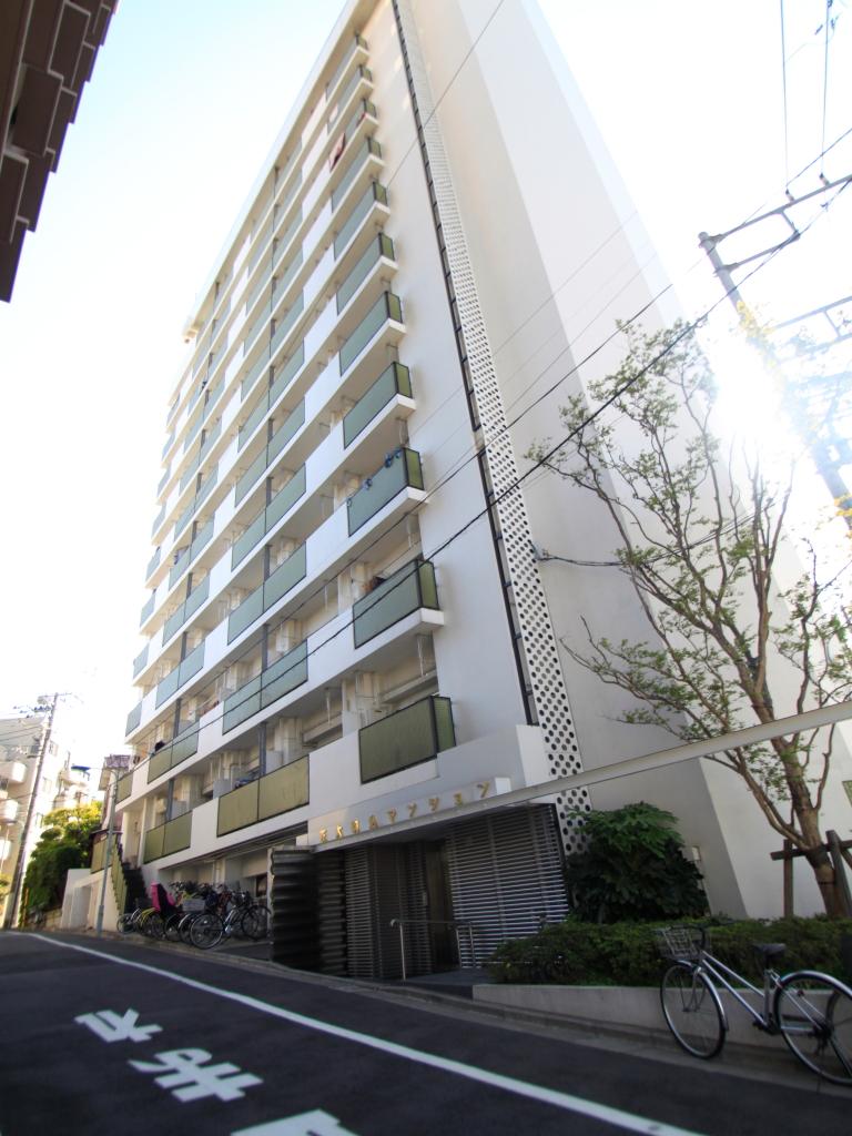 東京都文京区、駒込駅徒歩7分の築49年 12階建の賃貸マンション