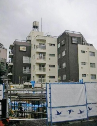 東京都文京区、茗荷谷駅徒歩6分の築38年 5階建の賃貸マンション