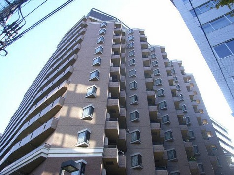 東京都豊島区、西巣鴨駅徒歩1分の築26年 13階建の賃貸マンション