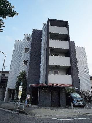 東京都板橋区、成増駅徒歩19分の築9年 5階建の賃貸マンション