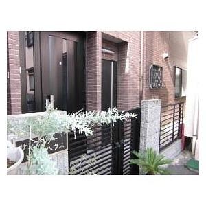 東京都北区、駒込駅徒歩10分の築15年 2階建の賃貸マンション