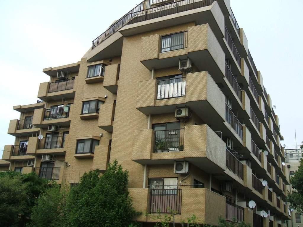 東京都北区、北赤羽駅徒歩9分の築29年 7階建の賃貸マンション