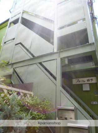 東京都板橋区、志村坂上駅徒歩17分の築24年 3階建の賃貸アパート