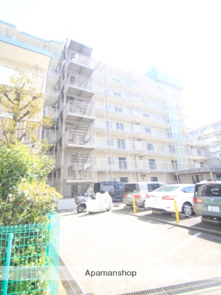 東京都板橋区、北赤羽駅徒歩17分の築39年 7階建の賃貸マンション