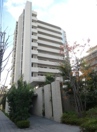 東京都板橋区、北赤羽駅徒歩15分の築5年 13階建の賃貸マンション
