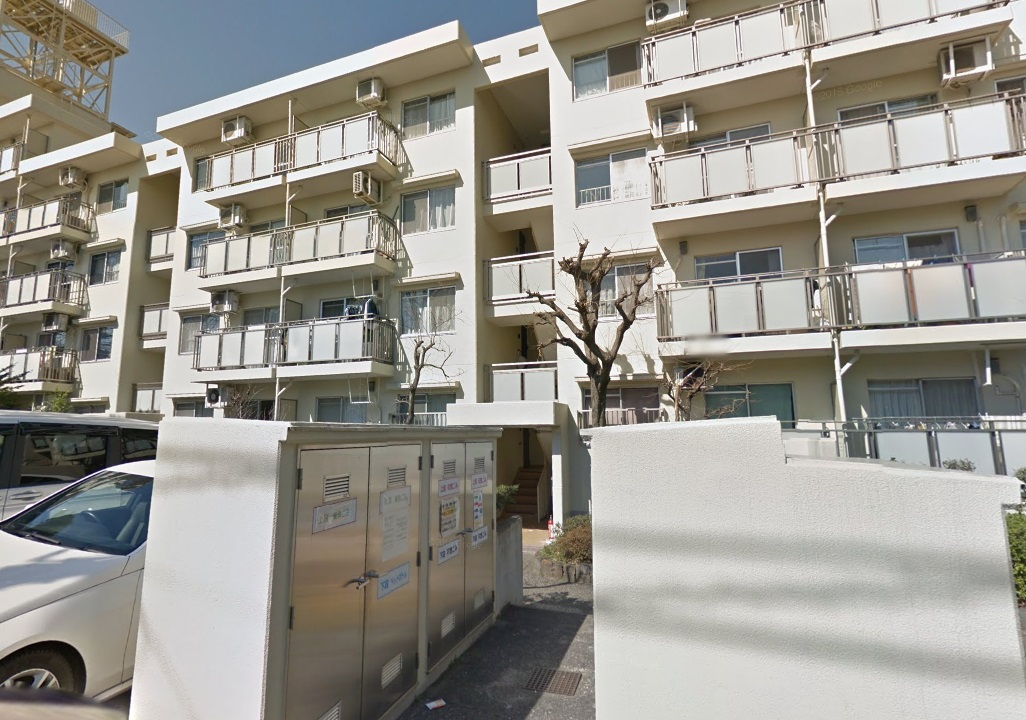 東京都板橋区、志村坂上駅徒歩20分の築40年 4階建の賃貸マンション