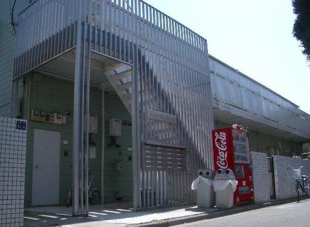 東京都板橋区、新高島平駅徒歩20分の築31年 2階建の賃貸アパート