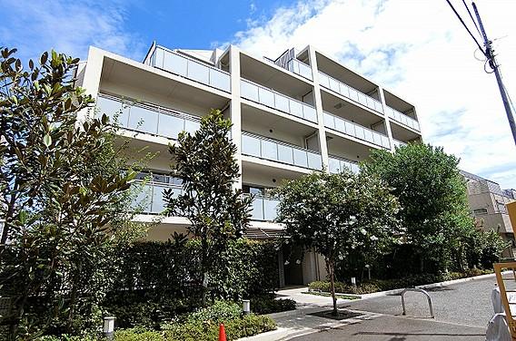 東京都北区、駒込駅徒歩10分の築6年 5階建の賃貸マンション
