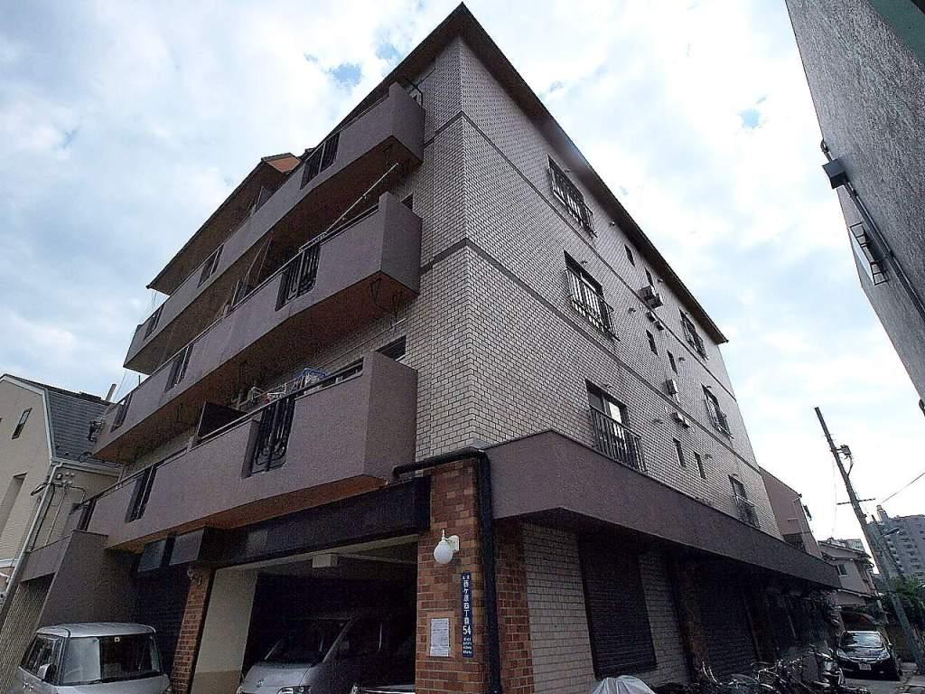 東京都北区、西ヶ原四丁目駅徒歩6分の築42年 6階建の賃貸マンション