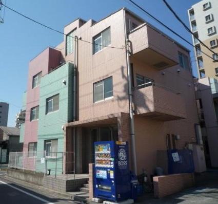 東京都板橋区、西台駅徒歩20分の築22年 4階建の賃貸マンション