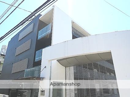 東京都新宿区、新大久保駅徒歩11分の築20年 5階建の賃貸マンション