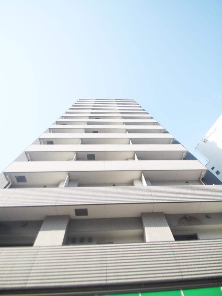 東京都豊島区、高田馬場駅徒歩5分の築8年 14階建の賃貸マンション