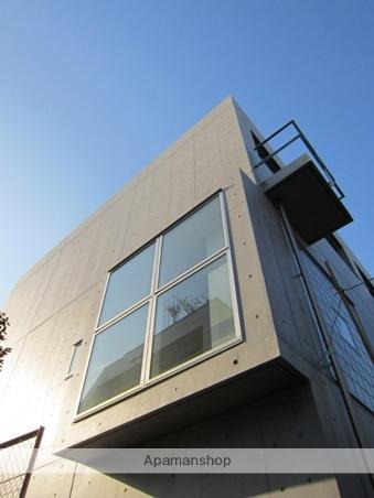 東京都新宿区、飯田橋駅徒歩10分の築5年 3階建の賃貸マンション