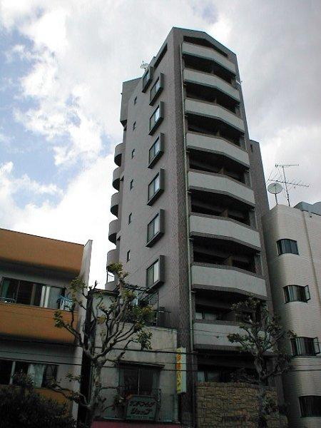 東京都新宿区、早稲田駅徒歩1分の築17年 10階建の賃貸マンション