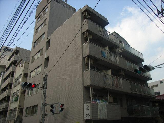 東京都文京区、飯田橋駅徒歩12分の築17年 9階建の賃貸マンション