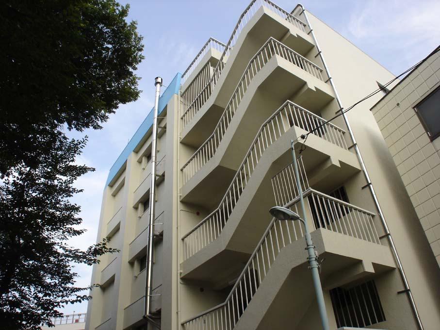 東京都豊島区、目白駅徒歩8分の築27年 5階建の賃貸マンション