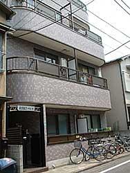 東京都豊島区、北池袋駅徒歩10分の築21年 4階建の賃貸マンション