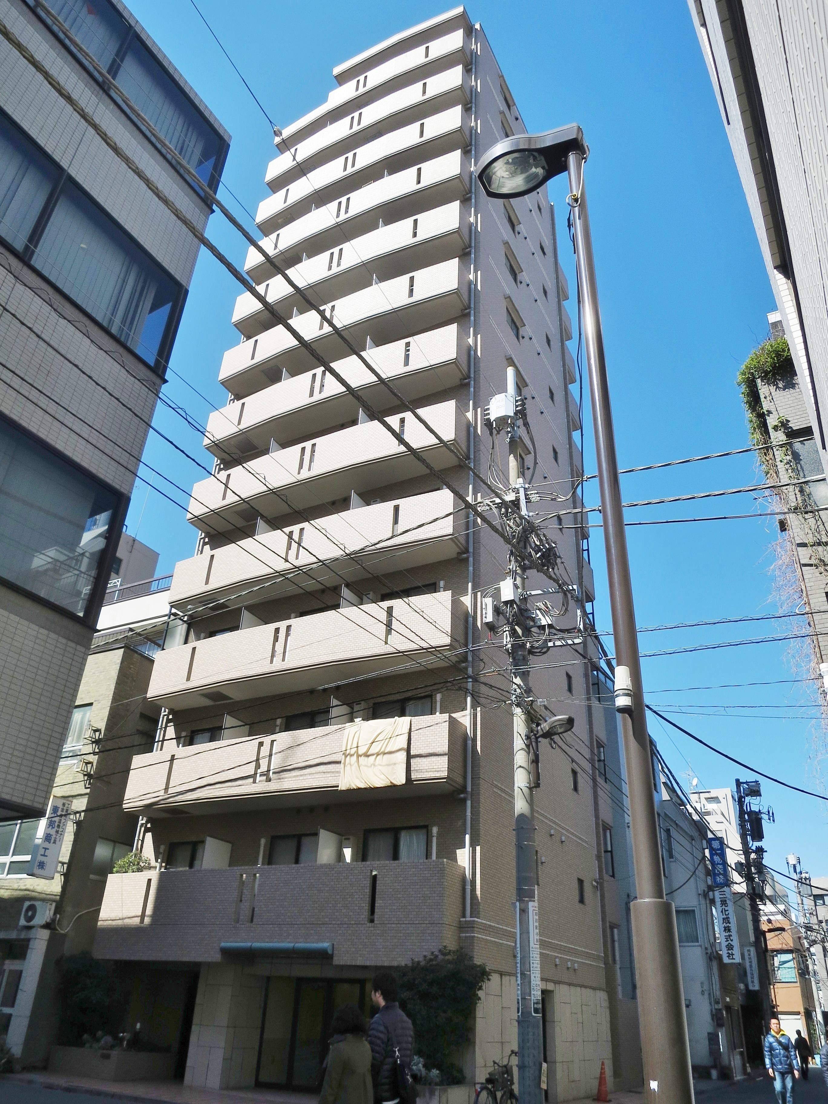 東京都千代田区、秋葉原駅徒歩2分の築16年 11階建の賃貸マンション