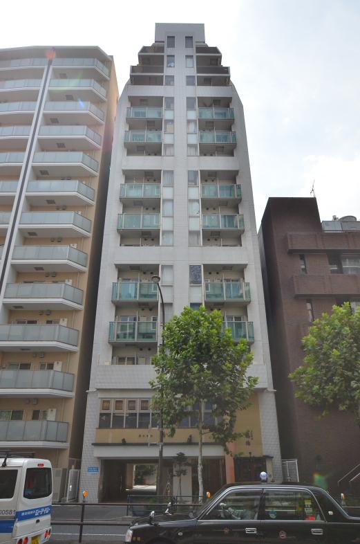 東京都新宿区、四谷三丁目駅徒歩3分の築13年 14階建の賃貸マンション