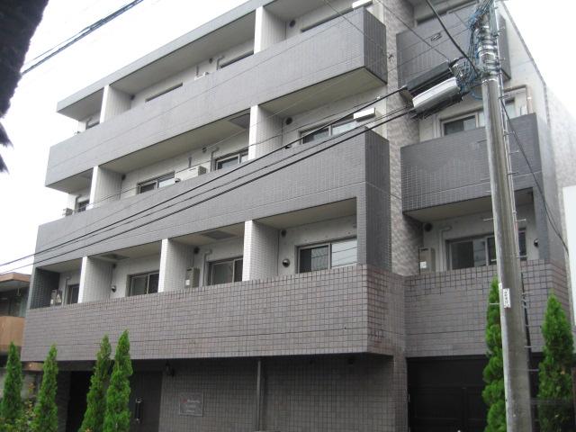 東京都新宿区、飯田橋駅徒歩8分の築10年 4階建の賃貸マンション