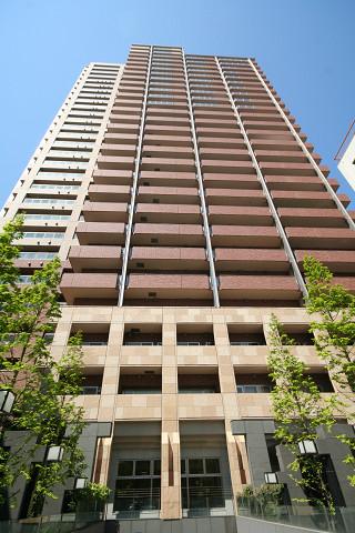 東京都文京区、水道橋駅徒歩12分の築12年 28階建の賃貸マンション